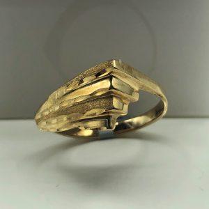 10K Yellow Design Ring