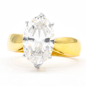 18K Yellow and White Gold Solitaire Oval Cubic Zirconia Ring