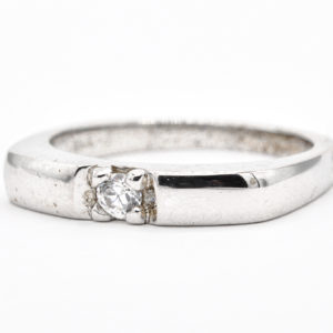 10K White GoldSolitaire Cubic Zirconia Ring